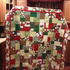 Double Slice Layer Cake Christmas Quilt | Quiltsby.me & Double Slice Layer Cake Christmas Quilt Adamdwight.com