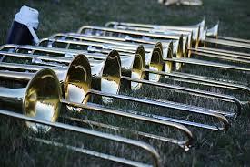 Alat musik tiup logam alat musik tiup logam merupakan alat musik yang menggunakan getaran dari bibir yang meniup. 9 Jenis Alat Musik Tiup Modern Terpopuler Bukareview