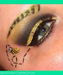 pretty ble bee make up