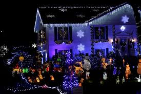 Christmas Lights Boston Area 12 Places To Check Out The Best Holiday Lights In Greater