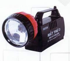 Đèn học để bàn bảo vệ thị lực,Đèn sạc điện xách tay,treo tường, để bàn cao  cấp giá 216.000đ - Hà Nội