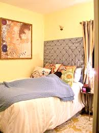 cute apartment bedroom decorating ideas. My Sister\u0027s Cute DIY\u0027d Nyc Apartment Bedroom Decorating Ideas