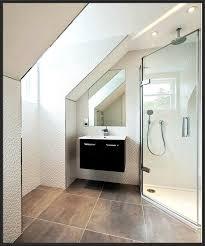 Kleines Badezimmer Luxus Kleines Bad Mit Dachschräge Gestalten
