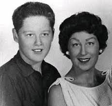 guest essay david johnson offers a presidents day history lesson  a young bill clinton and his mother virginia blythe