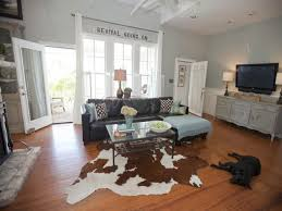 ... Modern Chic Living Room Home Decor Farmhouse Brown Leather Couch  Cottage Rooms Shabby Ideasmodern Ideas 99 ...