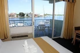 Hotels Near Pier House 60 Marina Hotel Clearwater Beach