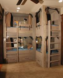 Cool Bunk Beds Four Person Bunk Beds