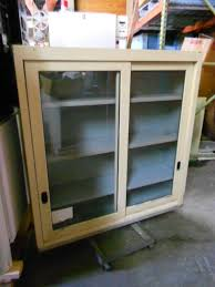 wall cabinets 004