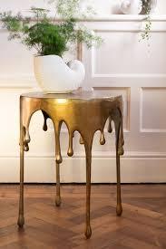 side table decor