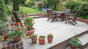 2021 deck vs patio guide costs