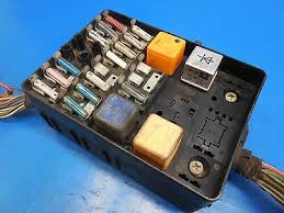 bmw e csi oem complete fuse box assembly harness cut bmw e24 633csi oem complete fuse box assembly harness cut