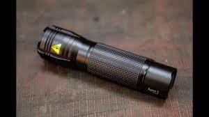 Tinhte.vn - Trên tay Ansmann Agent5: đèn pin cá nhân đa năng - YouTube