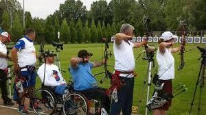 Tiro con l'arco, uno sport molto particolare e molto divertente Images?q=tbn:ANd9GcSoKzhQt6cIEMc_xALprnyLqyi_de34bNH4N9glb9vD1vRMw1vy