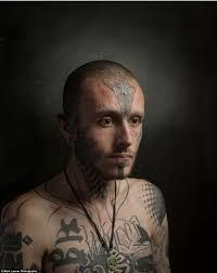 тату на лице бунт провокация или образ жизни в фото проекте
