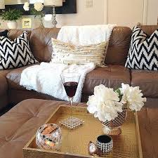 what color pillows for brown couch amazing living rooms throw pillows for dark brown leather sofa decorative pillows brown leather sofa