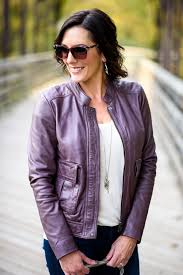 this classic fall leather jacket outfit can be a template for so many outfit variations