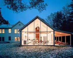 Extraordinary modern farmhouse in rural Texas by Olsen Studios ...