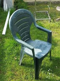 how to cover a old plastic chair in