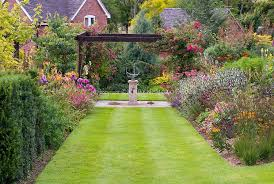 Formal Garden Design Mesmerizing HotelR Best Hotel Deal Site