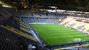 Signal Iduna Park in Dortmund - YouTube