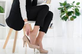 What to Wear For Your First Day at Work - Outfit Ideas for Work - Her Style  Code
