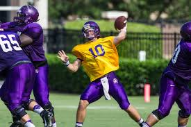 Ecu Football Depth Chart 2015 Pirates Take A Knee To The Gut But Remember We Dont Know