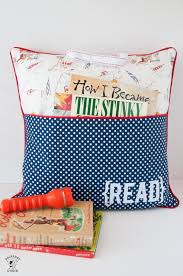 Pillow Patterns Simple Pillow Tutorial Bundle 48 Pillow Patterns ReadingPocket Pillow