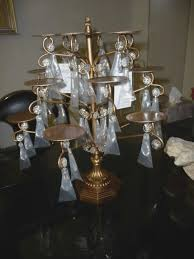 ont treasures chandelier cupcake stand hugs