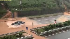 Son dakika Rize'de sağanak: Evleri su bastı, yollar kapandı SonDakika-Haberleri.Net  - Gundem - sondakika-haberleri.net