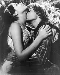 Elegant Romeo U0026 Juliet   Thereu0027s A Whole Lot Of Phyiscal Passion Between These Two.  Throughout The Entire Film They Are Passionately Embracing, Kissing,  Necking.