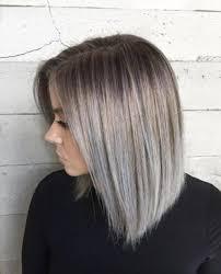 قصات شعر قصير اللون رمادي