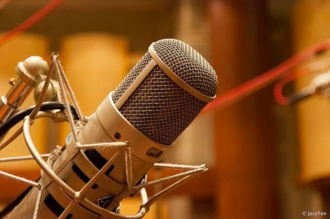 Homens do rádio e Mais Mulheres no Poder