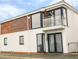 3 marina view views of pwllheli marina open plan en suite shower room ref