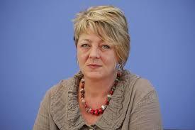Ingrid remmers is a german politician. G3pttl7h2qrw1m
