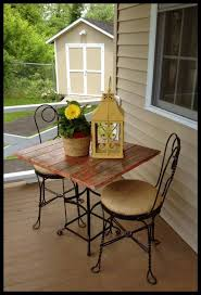 bistro table outdoor