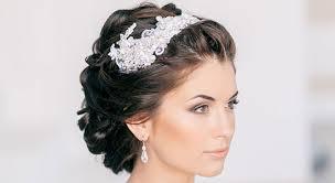 Svatební účes Ke Svatebním šatům šaty Na Ples Levně Plesové šaty