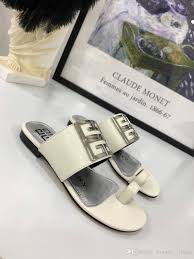 Designer Flip Flops Womens 2019 Fashion Women Designer Sandals Slippers Designer Flip Flops Women Sandals Designer Womens Shoes Size 4 5 8 5 120 Men Boots Slipper Boots From