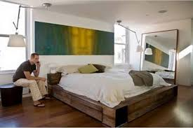 Bedroom Design Rustic Platform Bed With White Bedding And Cozy ...