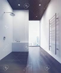 Badezimmerinnenraum Mit Einer Dusche Einem Hölzernen Fußboden