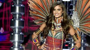you may have noticed if you ever scroll through that thing called insram that the victoria s secret fashion show 2017 recently took place in shanghai