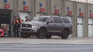 2018 Toyota Sequoia Review & Ratings | Edmunds