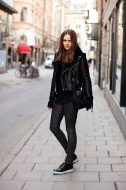 how to wear faux leather leggings 2019