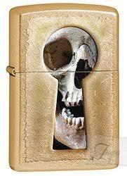 Бензиновая <b>зажигалка Zippo Keyhole</b> Skull, латунь с покрытием ...