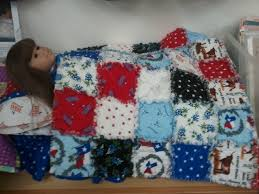 50 best Doll Beds images on Pinterest | Doll beds, American girl ... & Cute doll quilt and bed. The bed is made from a plastic shoe size box Adamdwight.com