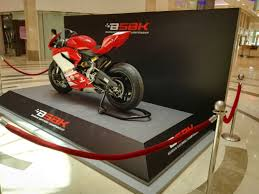 Motorcycle Display Stand Bahrain Superbike Ducati 100 Display at Moda Mall Wheels of Arabia 8