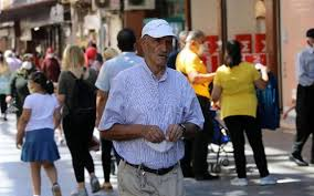 65 yaş üstü seyahat yasağı var mı yasak saatleri kaç? - Internet Haber