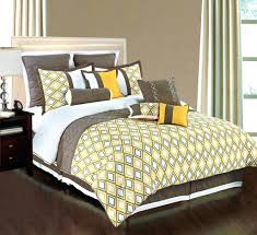 Comforter Sets For Queen Beds Appealing Master Bedroom With Bed