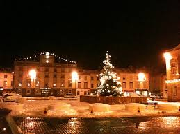 Kelso Christmas Lights Kelso Square The Christmas Tree And The Cross Keys In T