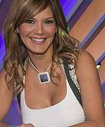 Ivonne Reyes se despide de Veo7 por<br> la puerta de atrás - 201102234ivonne_FC