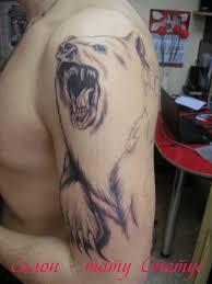 татуировка на плече у парня медведь фото рисунки эскизы